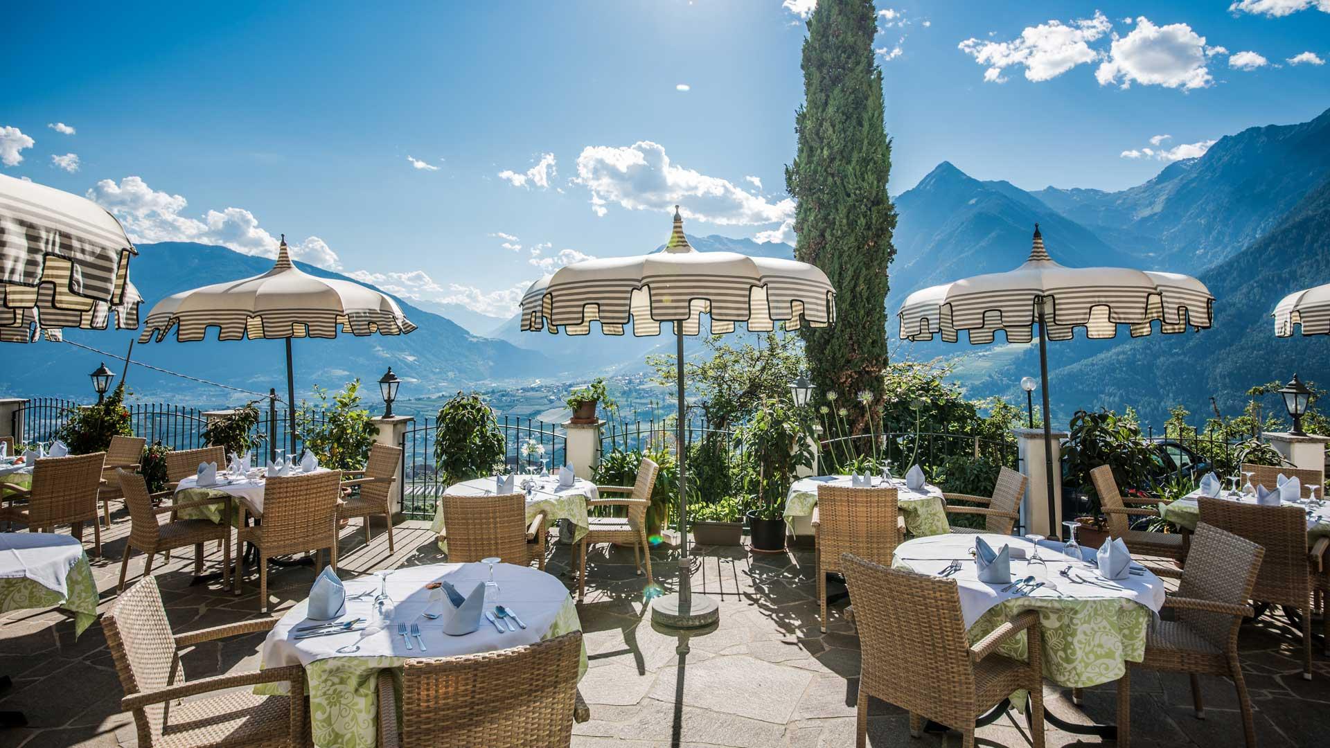 hotel schenna 3 sterne hotel alpenrose bei meran. Black Bedroom Furniture Sets. Home Design Ideas